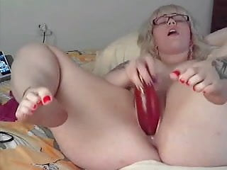 Perfect Bbw Teen With Tattoos Plays With Big Dildo On Cam