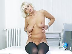 Euro gilf Roxana is your pantyless secretary
