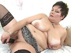 Hot mature mama with huge tits and hungry vagina Thumbnail