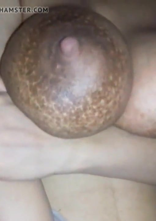 Sri Lankan wife exposing Big boobs to her lover