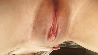 rubbing my swollen clit and little titties (strangeluv)