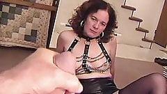 AMATEUR DIVORCED WOMAN's Thumb