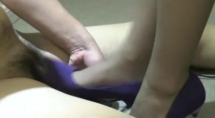Cruel Chinese Mistress with Her Personal Slave -