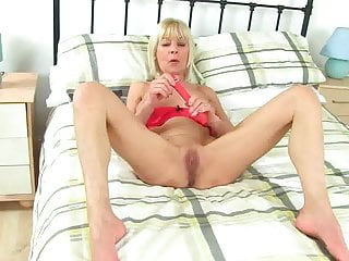 GILF GrannyElaine Play Fun With Dildo by Dracarys69