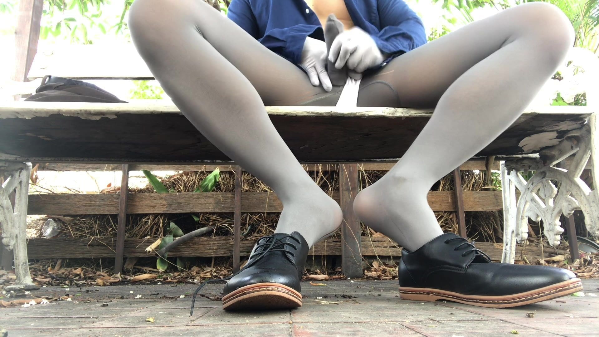 Cum in pantyhose with toe sock