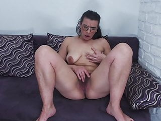 MOM with hairy cunt saggy tits and huge ass