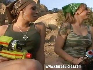 Loving da lesbos - Three hot ladies making threesome lesbo love