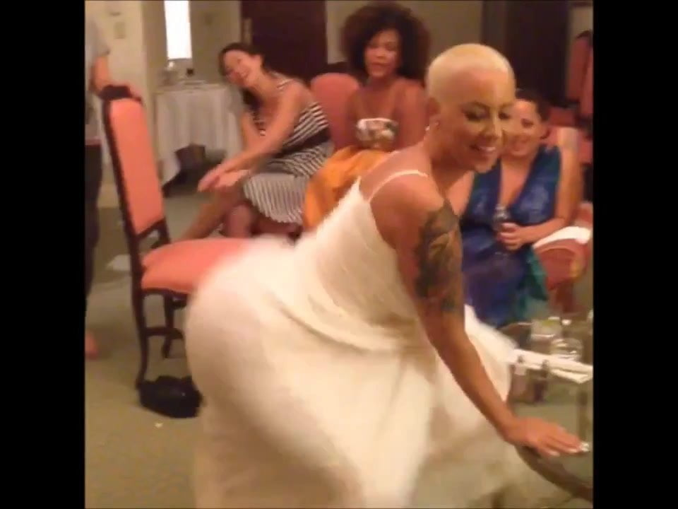 Ashley Tisdale Lesbian Scene