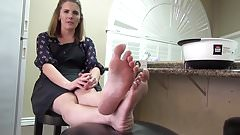 BARE FOOT & AMATEUR FOOT MODEL A3