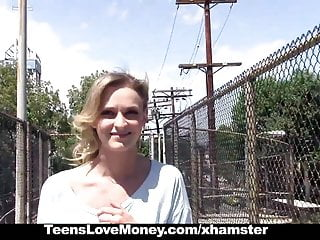 Teenslovemoney Stranded Blonded Gives Up Pussy For Cash