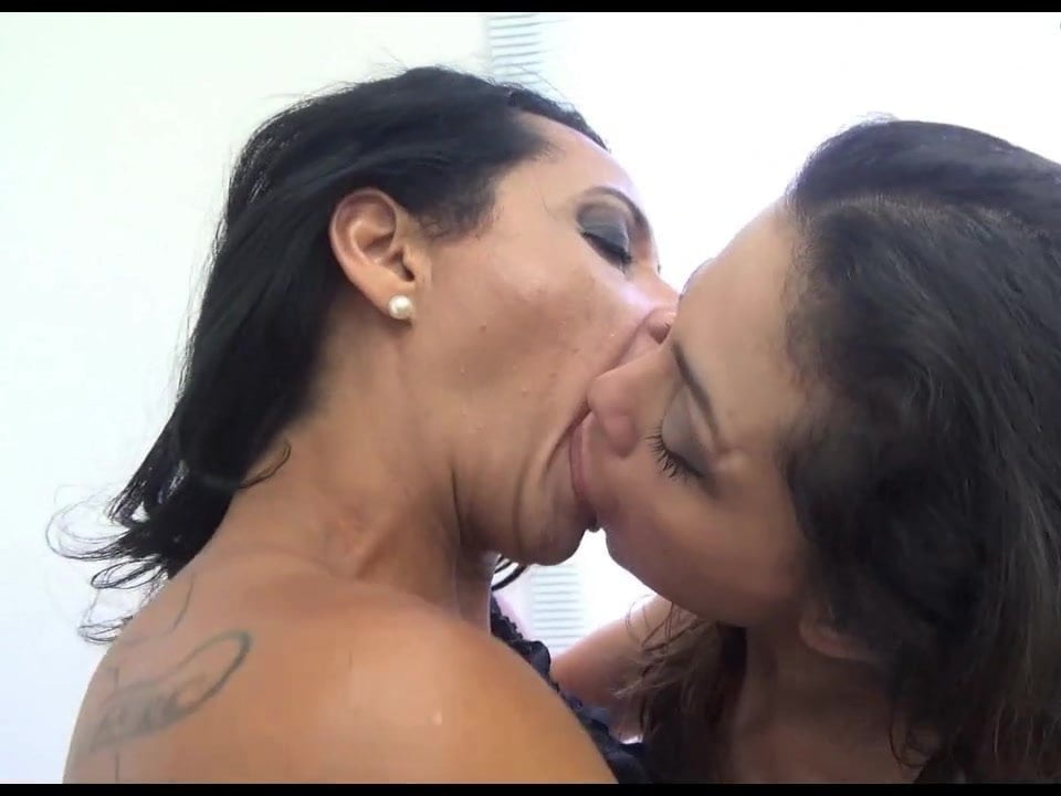 Something Mom teaches daughter lesbian kissing valuable