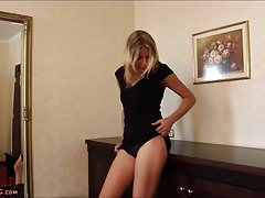 Paula Lee Playing With Herself and Teasing