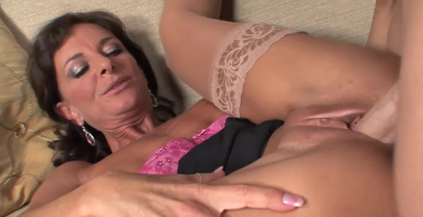Sexy Mature In Stockings  Heels Takes A Facial Hd Porn 1E-8555