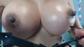 cam girl big boobs long nails