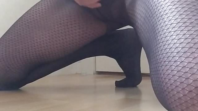 Preview 1 of Wanking and cumming in my wife's tights