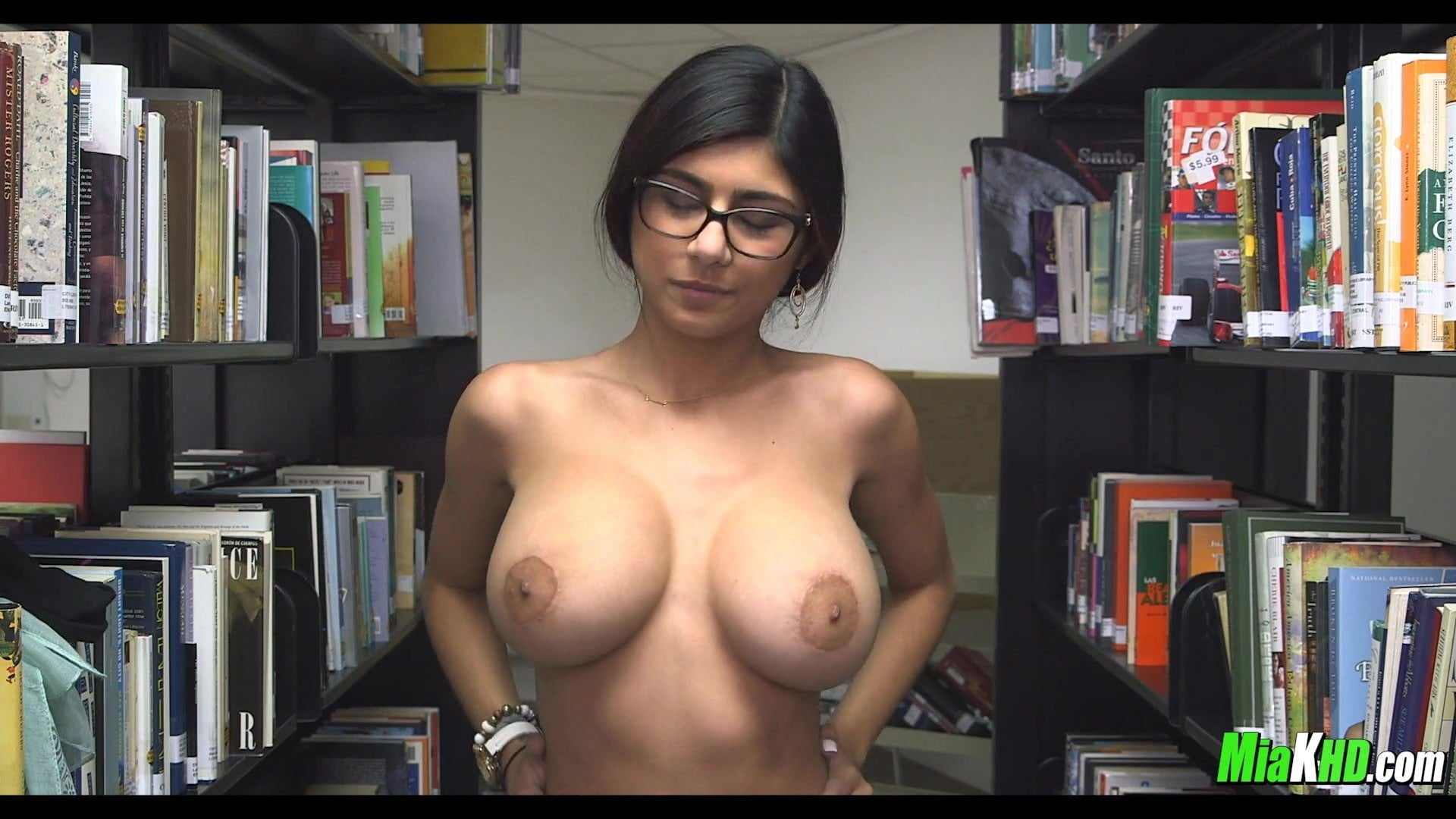 MAYRA: Asian undressing in library