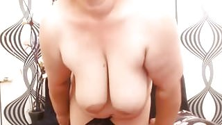 Uggly Mature Gippsy on cam
