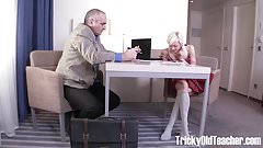 Tricky Old Teacher - Gorgeous blondie Lola Shine