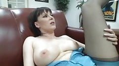 MILF Tina Tyler in Sexy Outfit Gets BBC Craving