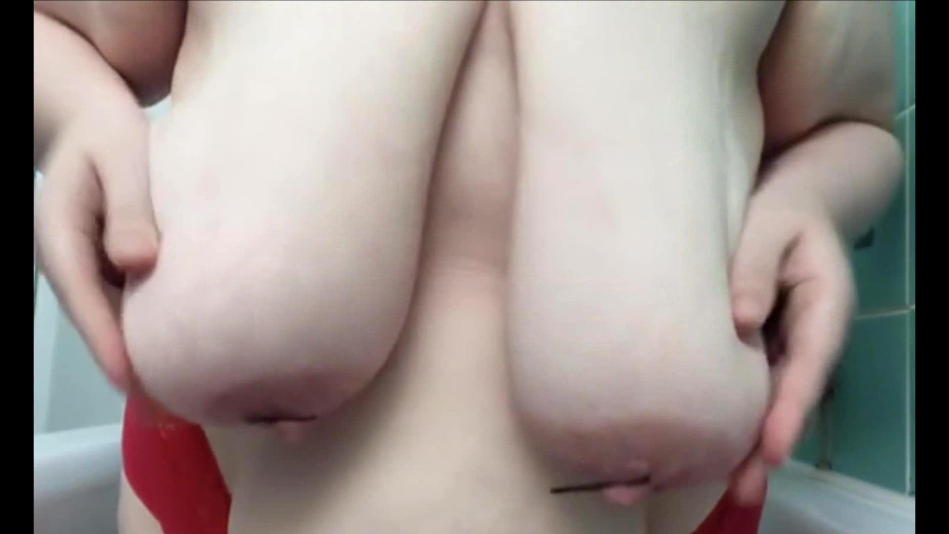 Biggest booty pornstar
