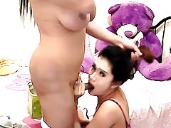 Horny Shemale Gets Rammed Wildly in Her Ass