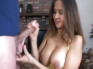 Download video bokep Caught step-son jacking off Mp4 terbaru