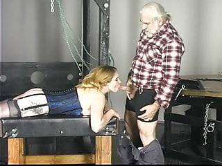 Download video bokep Kinky Kimber sucks her master's cock in dungeon  Mp4 terbaru