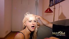 Blonde piercing Teen Fotze braucht deine Ladung Sperma