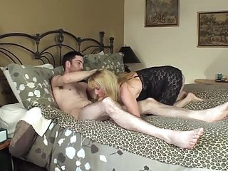Preview 1 of 25 Year Old Guy CUMS In My Pussy