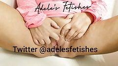 Adele Pissing