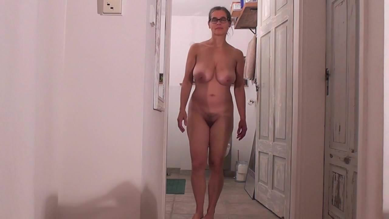 Sexy naked kinkey lap dancing
