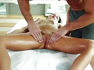 NICE MASSAGE BEFOR PERFECT FUCK