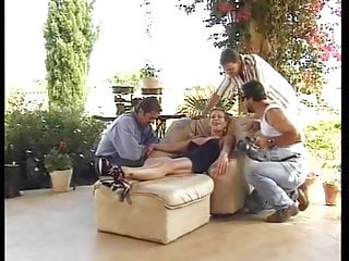 Madam likes being fucked in all holes