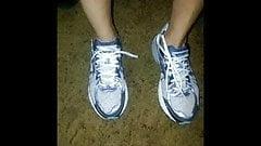 mature foot shoe fetish