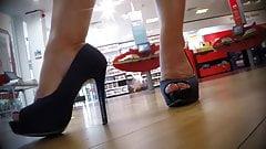 Amazing Legs and Heels (No Shoeplay)