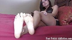 Cum on my cute feet