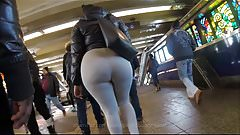 Candid Phat Subway Booty in Gray Sweats