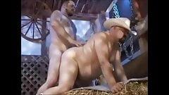 Fuck Chub in barn