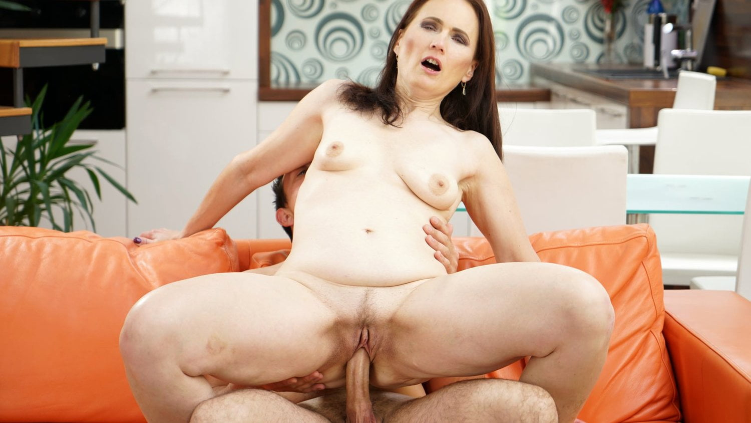 Big Ass Granny Takes Young Dick, Free Hd Porn 71 Xhamster-9136