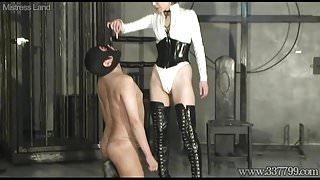 Japanese Femdom Shion dominates her slave training like a do