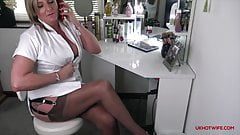 PHONE SEX IN THE SALON