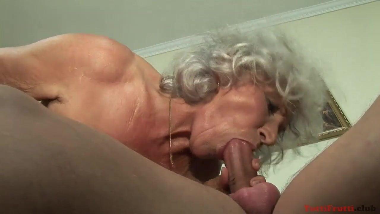 Grannyporn