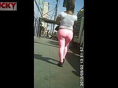 Sexy ass in the street's Thumb