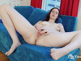 Small Breasted Savannah Masturbating Her Quim