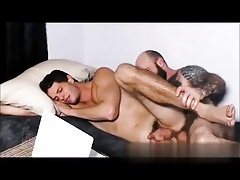 boy bareback fucked by tattoo daddy (on NET)