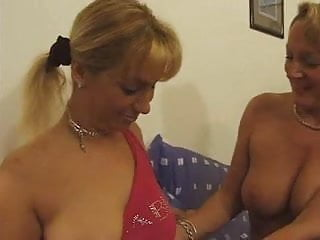 Older French lady getting fisted by a younger girl