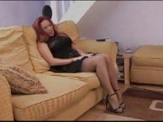 Cowboy bebop faye valentine hentai - British slut faye rampton plays with herself on the sofa