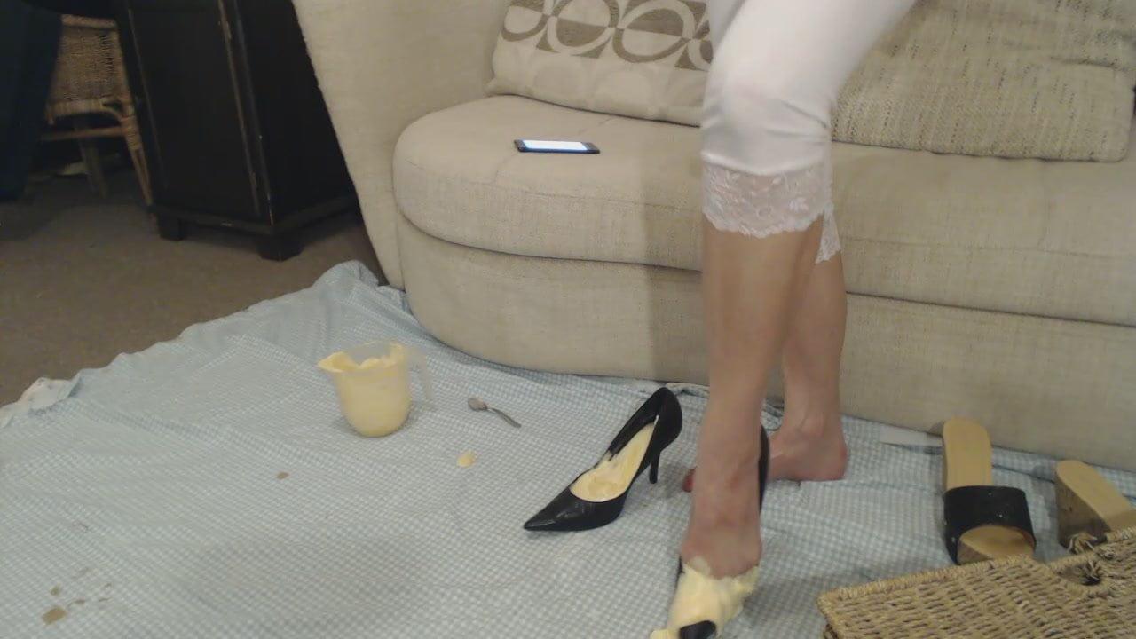 Very messy custard in heels video