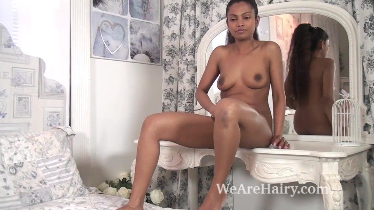 image The ebony beauty alishaa mae strips naked in bed