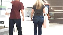 Pawg Gilf in Jeans (edited short clip)